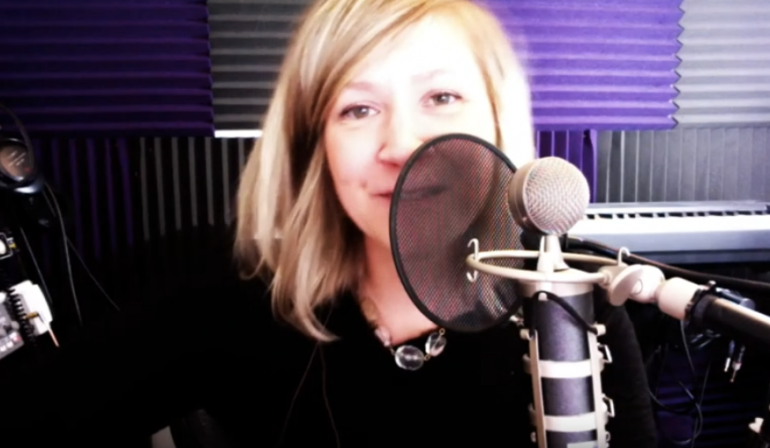 Online Worship With Lindsy Tucker